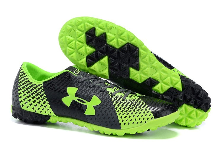 Oferta Botas Under Armour Clutchfit Force TF Verde